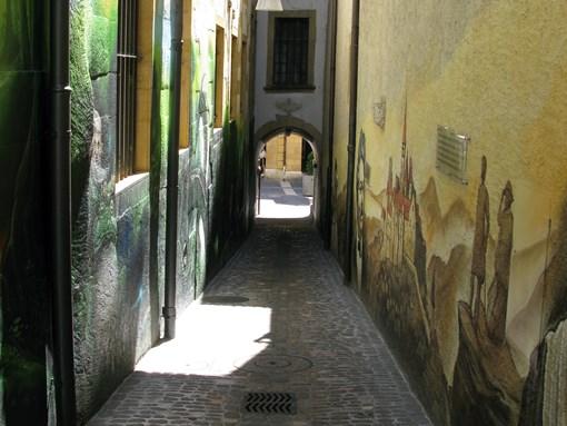 Visite de Neuchâtel rue typique
