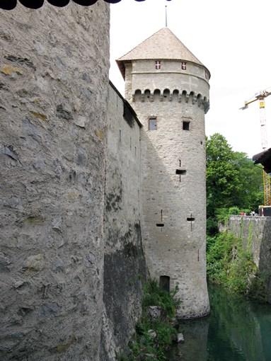 Tour du chateau Chillon